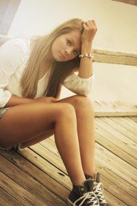 girl-375114_1280